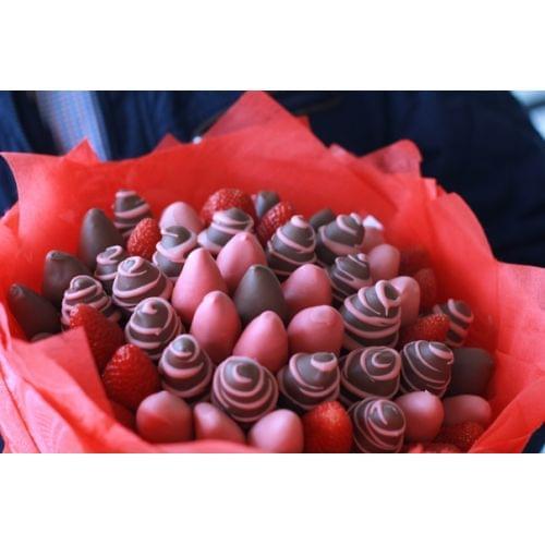 """Букет из клубники """"Шоколадный Бум"""""""