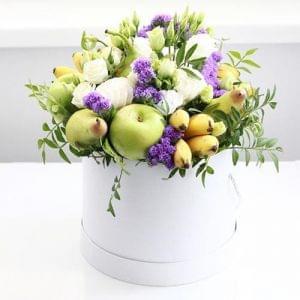 """Букет из фруктов с цветами в коробке """"Витаминка"""""""